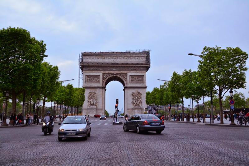 arco do triunfo em paris na frança