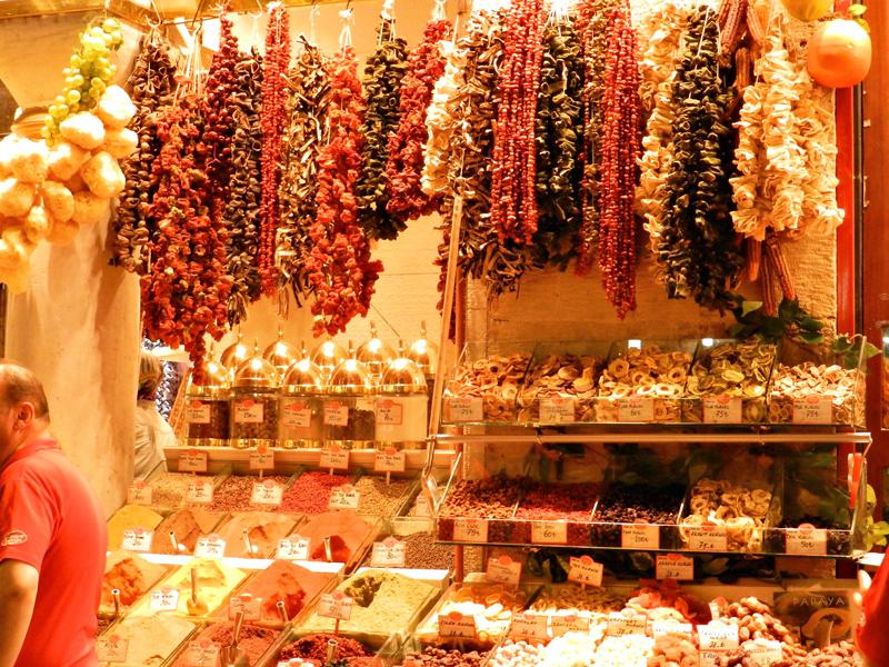 Mιsιr Çarşιsι ou Bazar Egípcio ou Bazar de Especiarias Istambul lado histórico