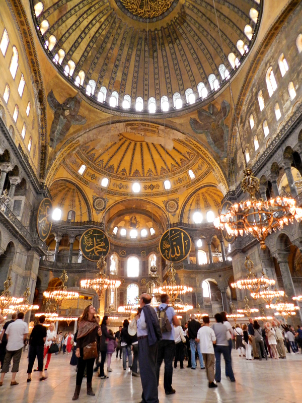 Interior da Hagia Sophia Museum ou Santa Sofia em istambul