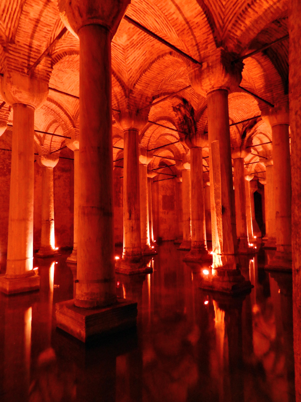 Yerebatan Sarayι a Cisterna da Basílica Istambul lado histórico