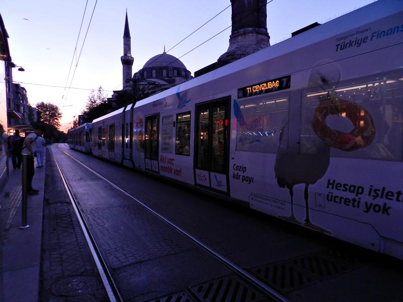 Tram de Eminönü em Istambul