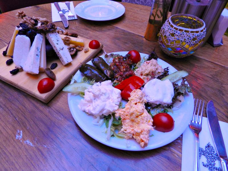 queijos turcos na Cezayir Sokağı em istambul