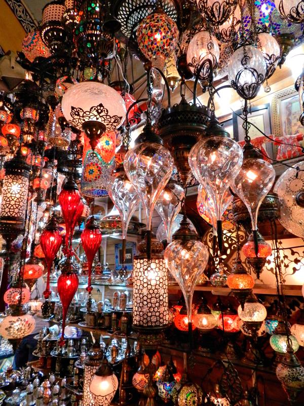 Lamparinas do Grand Bazar Istambul lado histórico