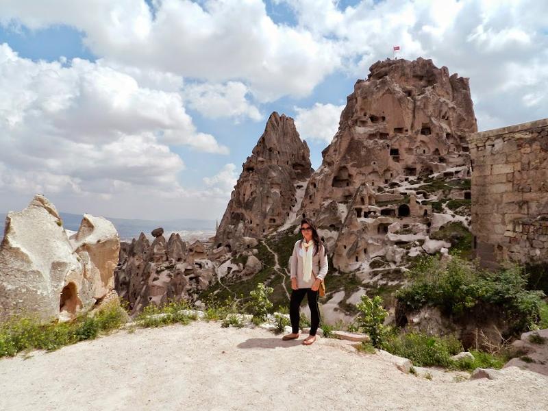 Fortaleza de Uçhisar na Capadócia em Turquia