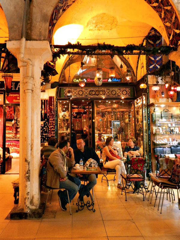 Cafeteria dentro do Grand Bazar Istambul lado histórico