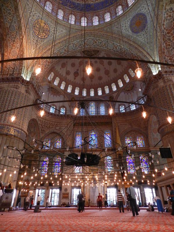 interior da Mesquita Azul em Istambul na Turquia