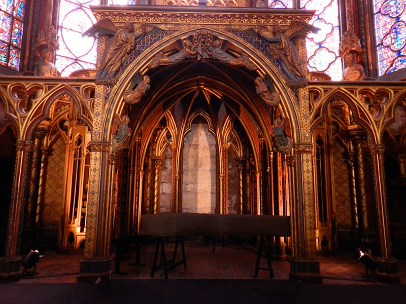 detalhes da saint chapelle em paris na frança