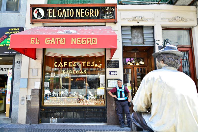 El Gato Negro, Buenos Aires, Argentina