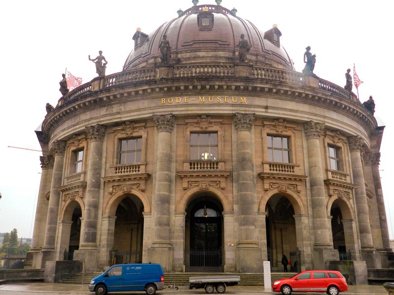 Arte sacra alemã no Bode Museum em Berlim
