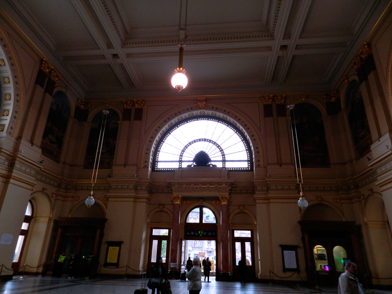 Saguão da estação de trem Budapest-Keleti