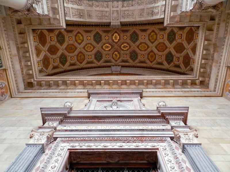 Detalhe da Szent István Bazilika viagem a BUDAPESTE