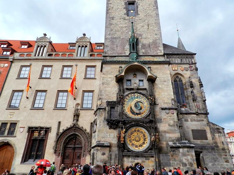 Orloj da Staroměstská Radnice Viagem a praga na tchéquia