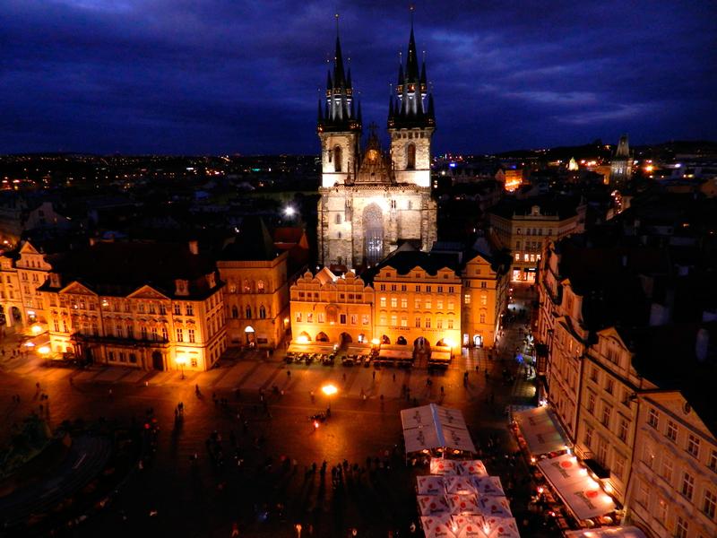vista da Vista do Castelo de Praga a partir do Orloj da Staroměstská Radnice