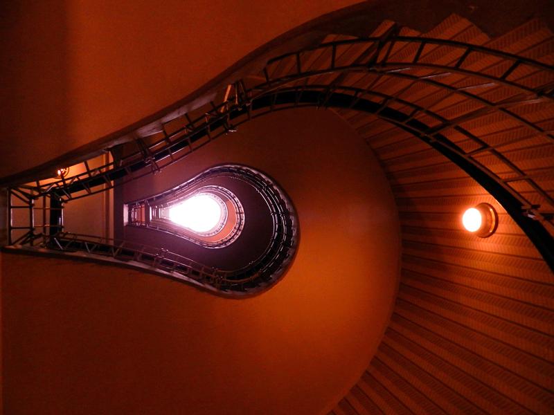 escadaria da Dům u Černé Matky Boží Viagem a praga na tchéquia