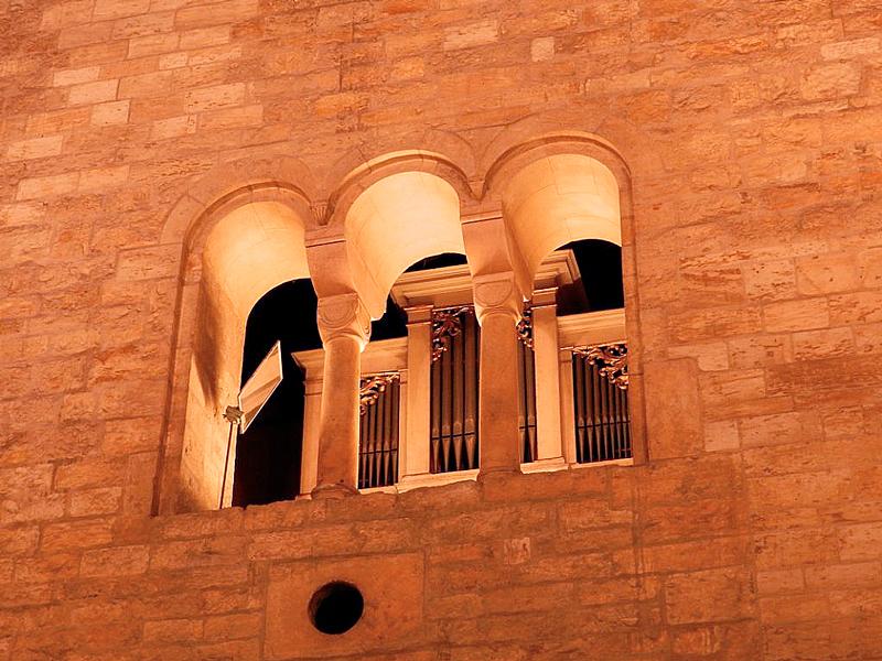 interior do Klášter svatého Jiří ou Convento de São Jorge em Praga