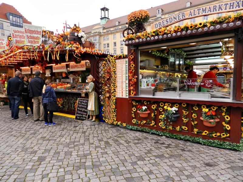 Altmarkt  em Dresden na Alemanha