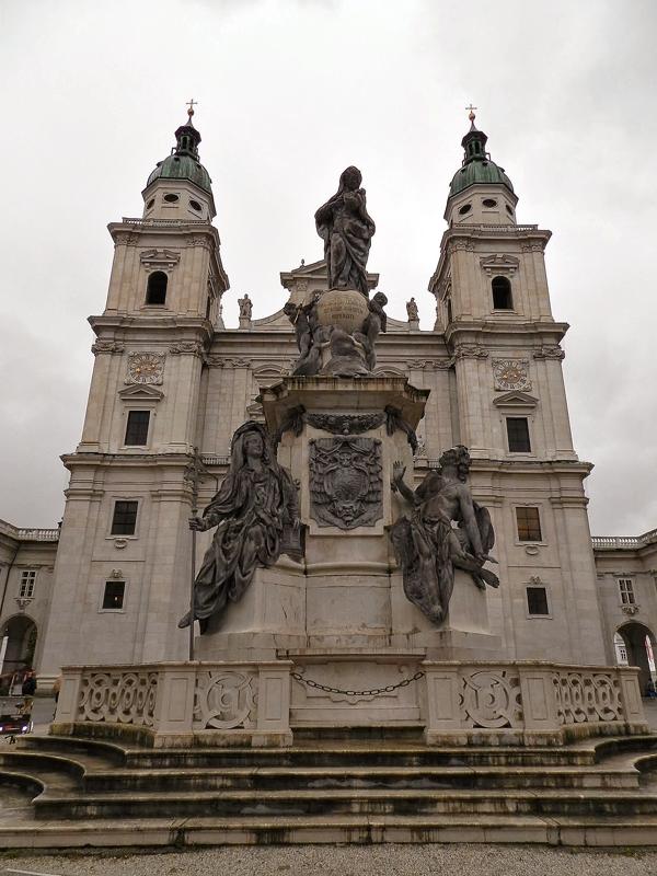 Salzburg Dom em Salzburgo
