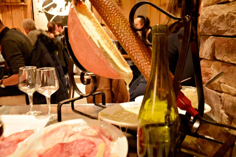 Raclete do Le Chalet Savoyard, Paris, France