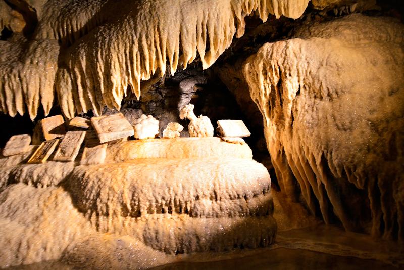 Grottes Pétrifiantes de Savonnières na França