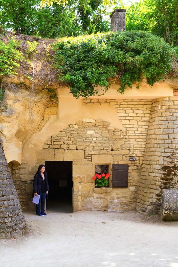 Village Troglodyte de Rochemenier em Saumur
