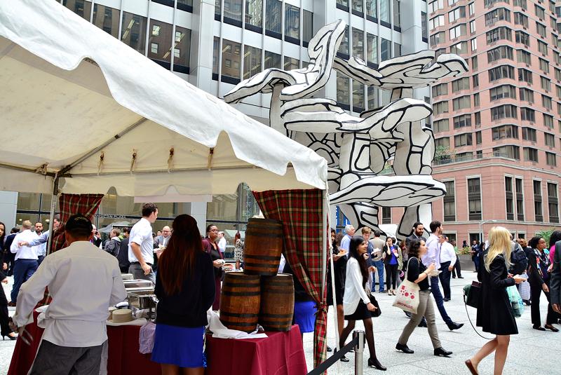 Dine Around Downtown em frente Chase Building no Lower Manhattan em New York