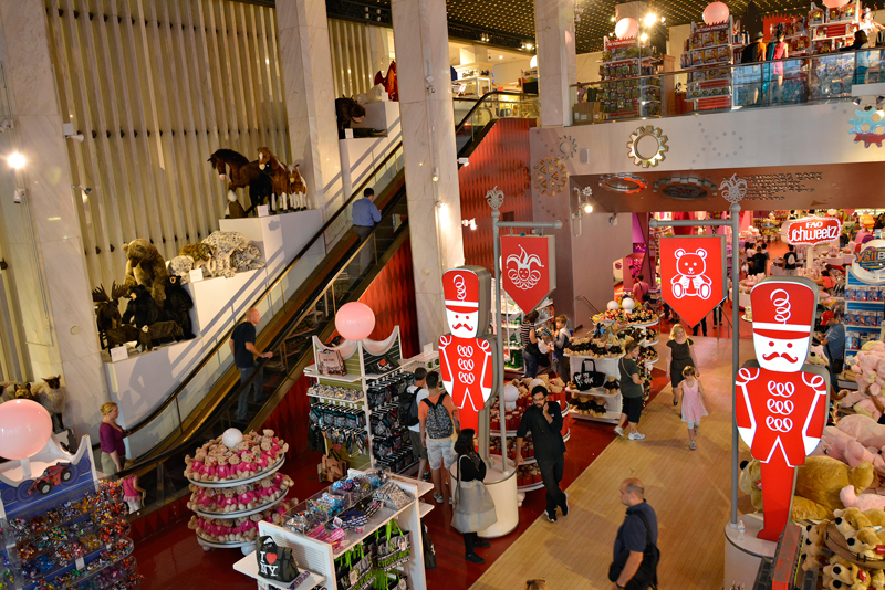 FAO Schwartz, Midtown, Manhattan, New York, NYC, USA, EUA
