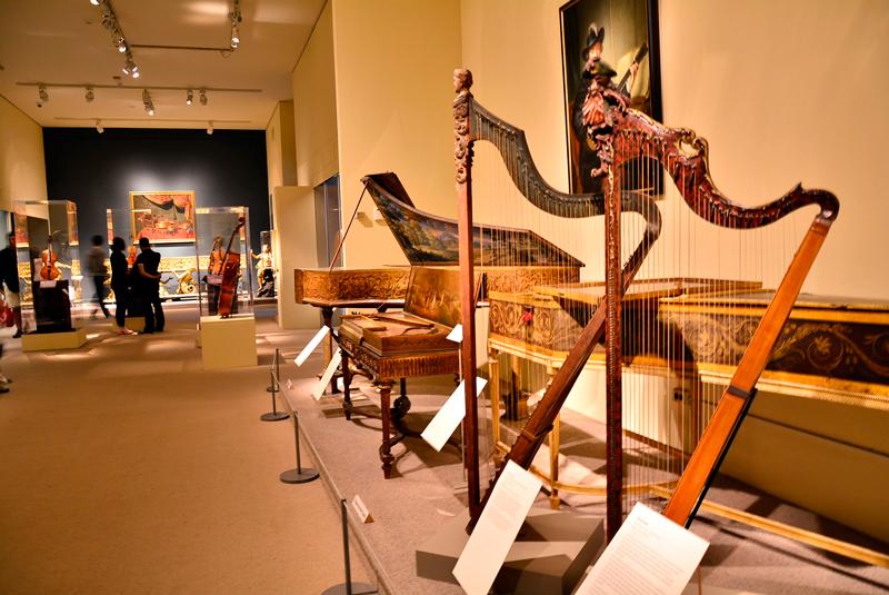 instrumentos musicais no MET - Metropolitan Museum de New York