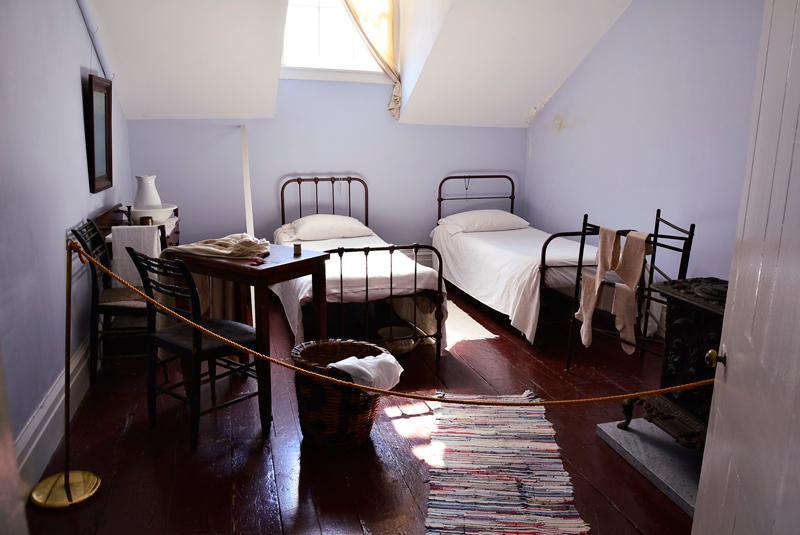 quarto da Merchant's House Museum em New York