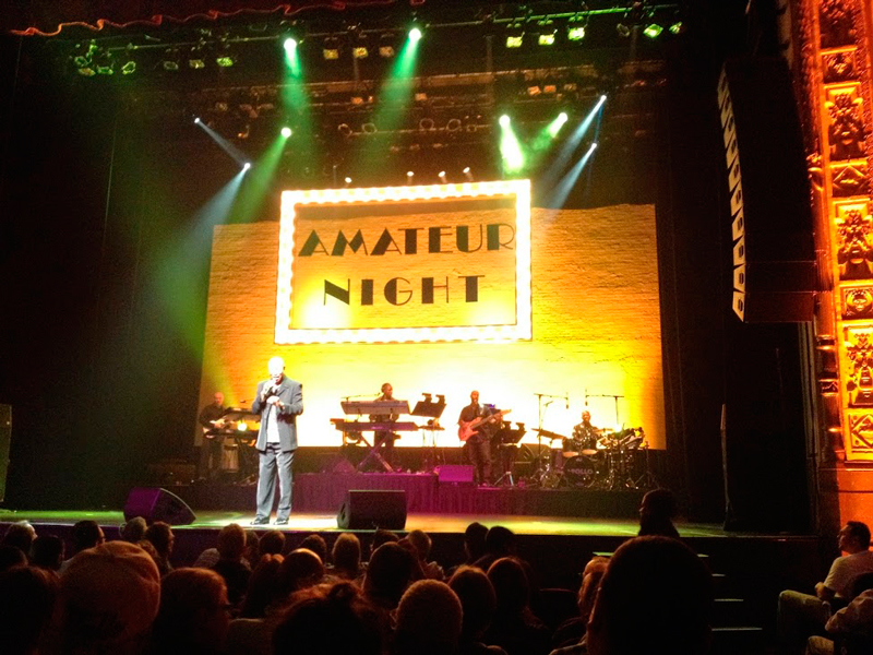 Amateur Night no Apollo Theater em New York