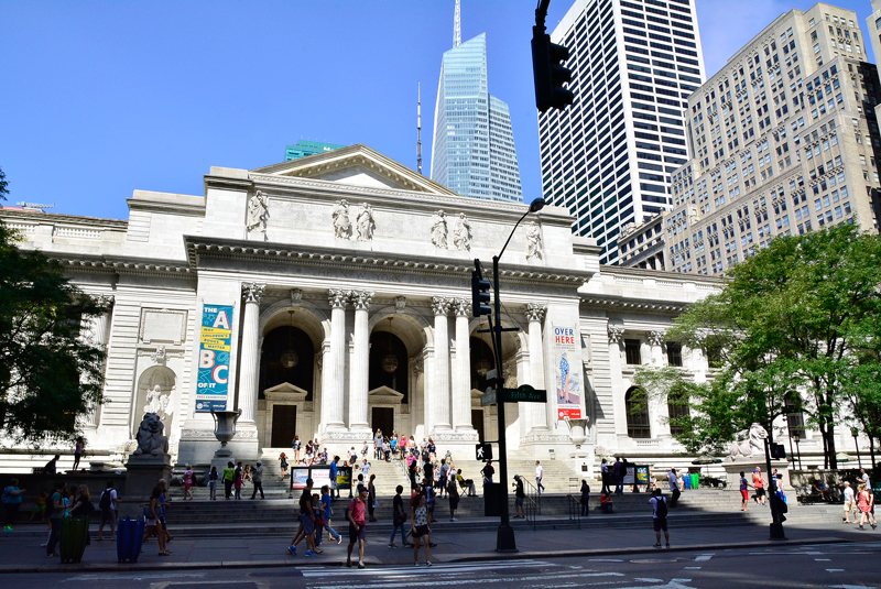 fachada da The New York Public Library