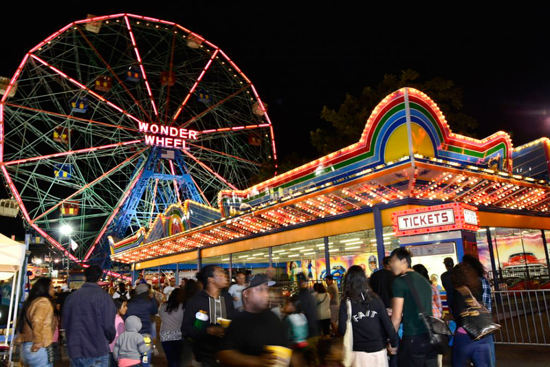 A wonder wheel da Luna Park em Coney Island em New York