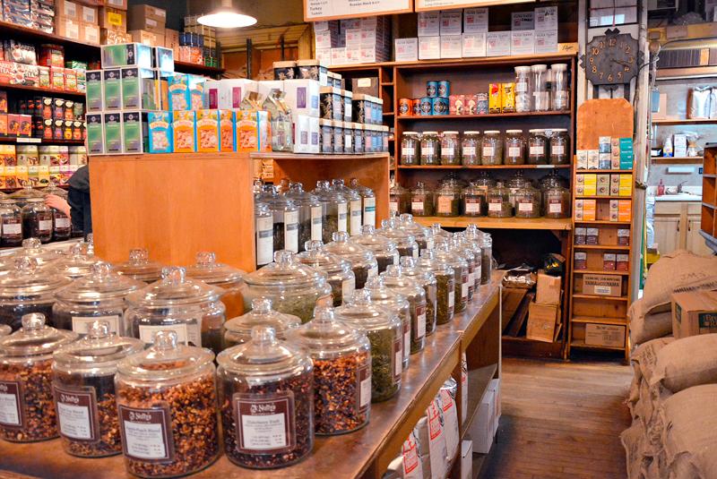 McNuty's rare Teas & Choice Coffees de New York