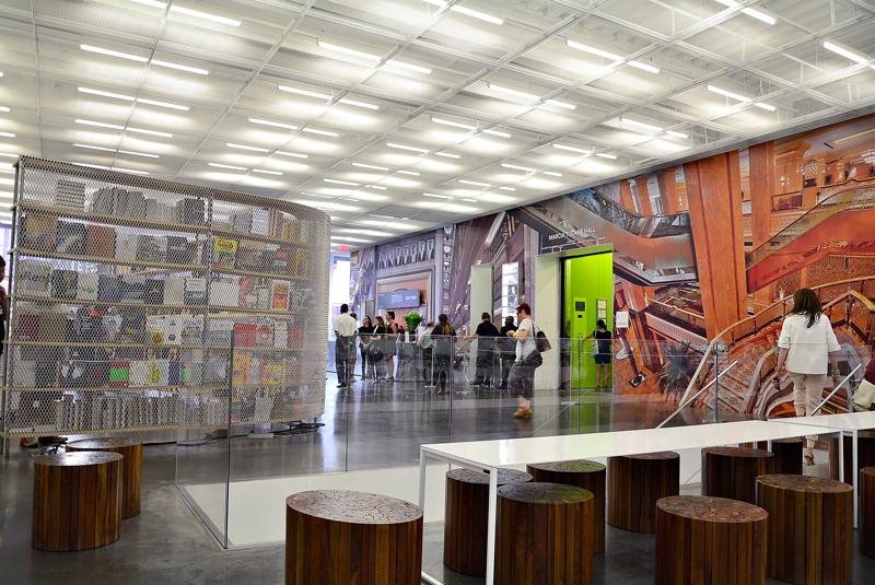 dentro do New Museum de New York, USA