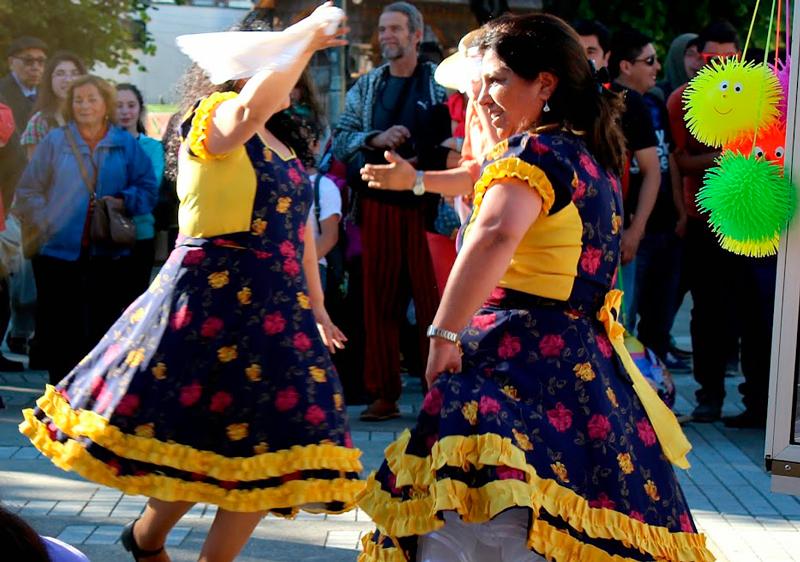 Danças típicas em Castro na region de los lago no chile