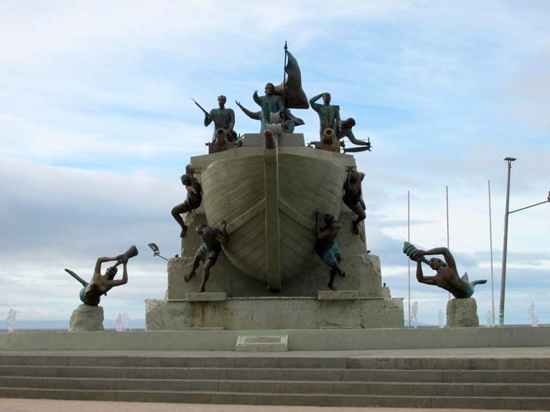 Monumento Goleta Ancud em Punta Arenas no Chile