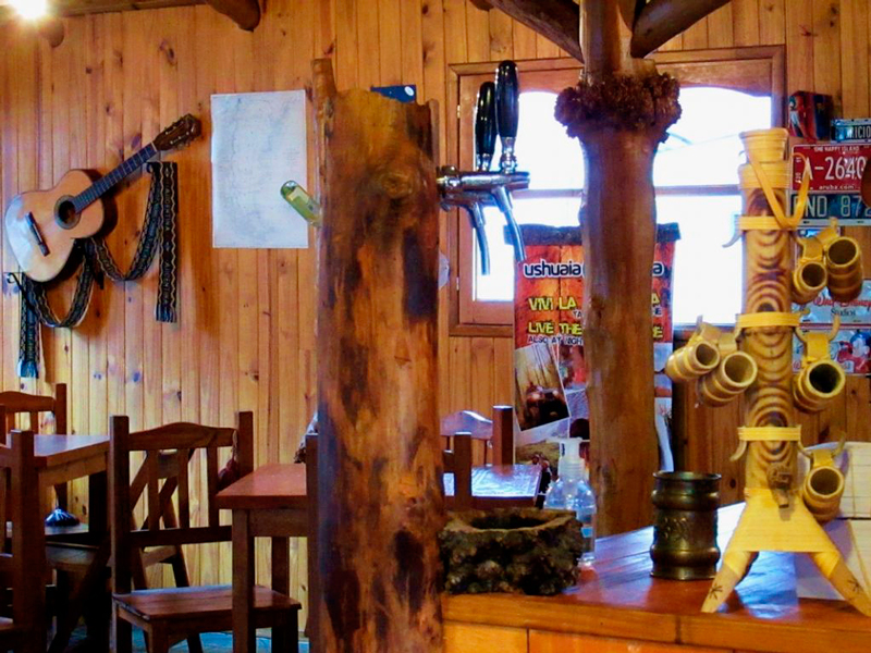 Lanchonete em Ushuaia Blanca, Cotorras na Argentina