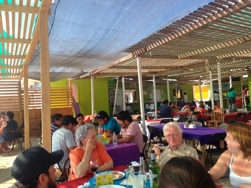 Praça de Alimentação em Punta Choros no Chile