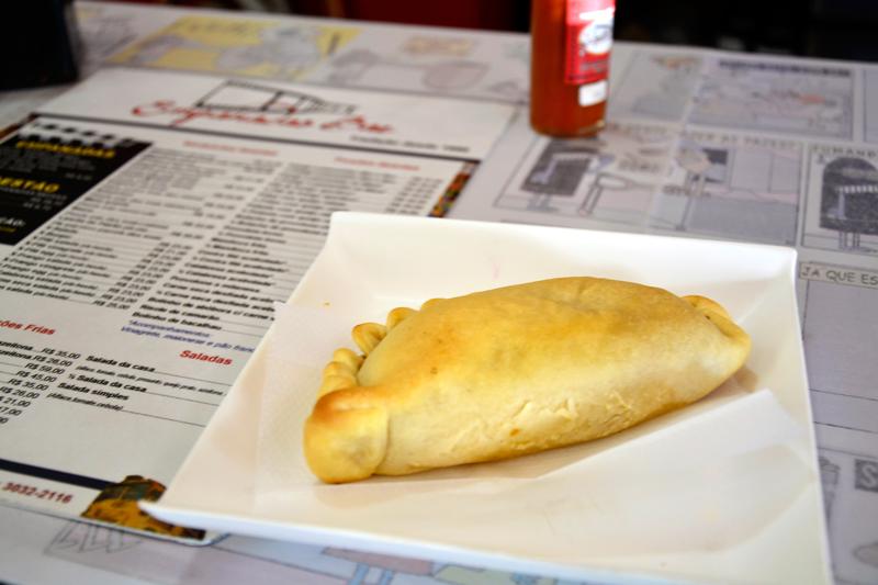 empanada do empanadas bar na vila madalena em sao paulo