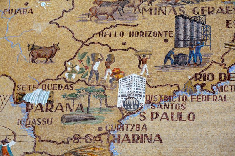 detalhe do mosaico do pátio do Edifício Matarazzo e atual Prefeitura de São Paulo
