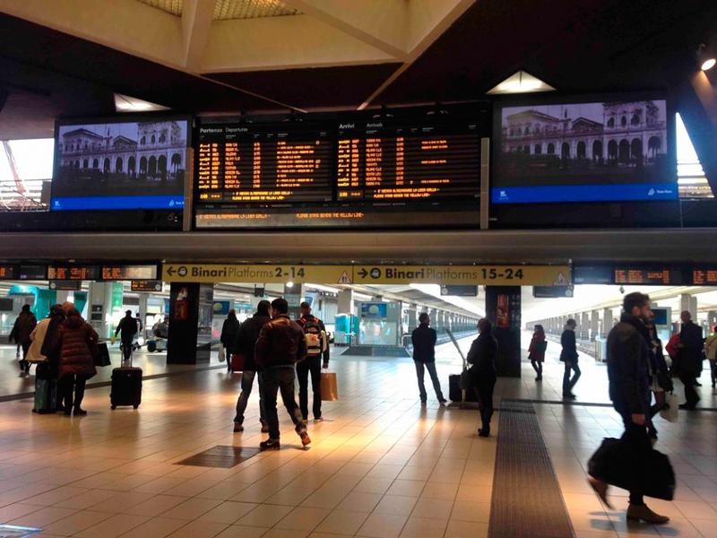 Stazione Central di Napoli na Italia