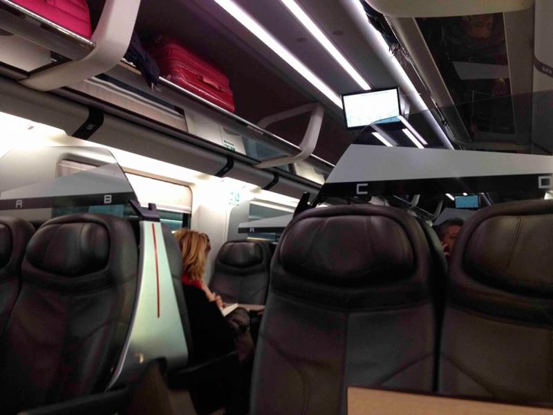 trem rápido da Trenitalia na Italia