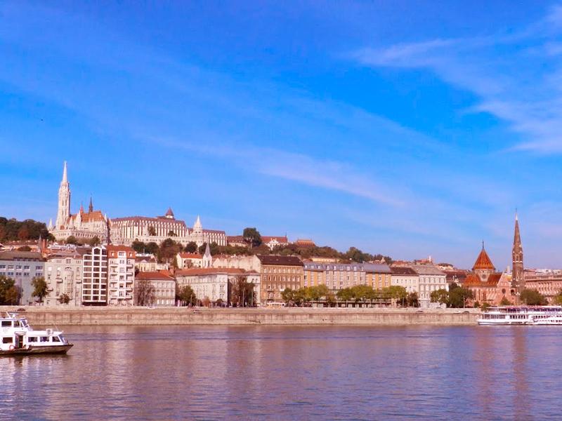"""Patrimônio da UNESCO Lado """"Buda"""" de Budapeste e o rio Danubio"""