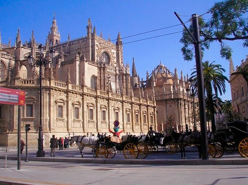 Fachada da Catedral de Sevilha