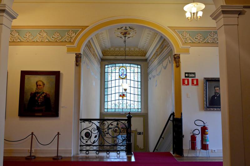 dentro da Pinacoteca Benedito Calixto em Santos