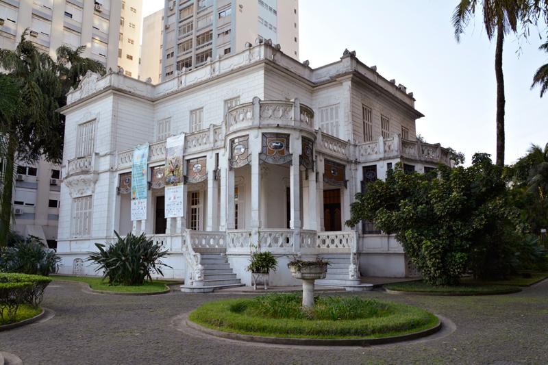 Fachada da Pinacoteca Benedito Calixto em Santos