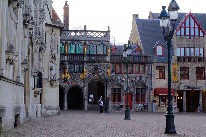Praça Brug em Bruges na Bélgica