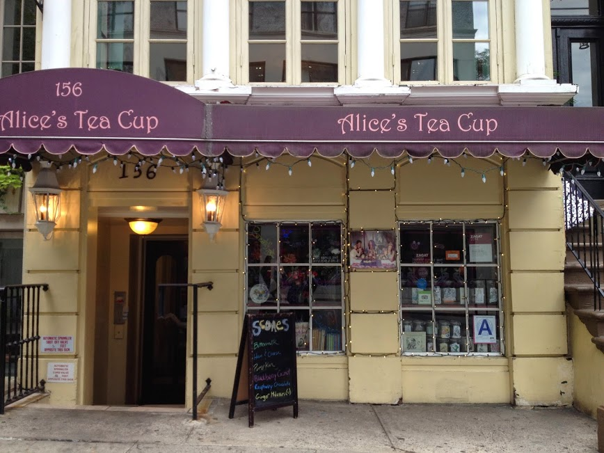 Fachada da Alice Tea's Cup (Chapter II)