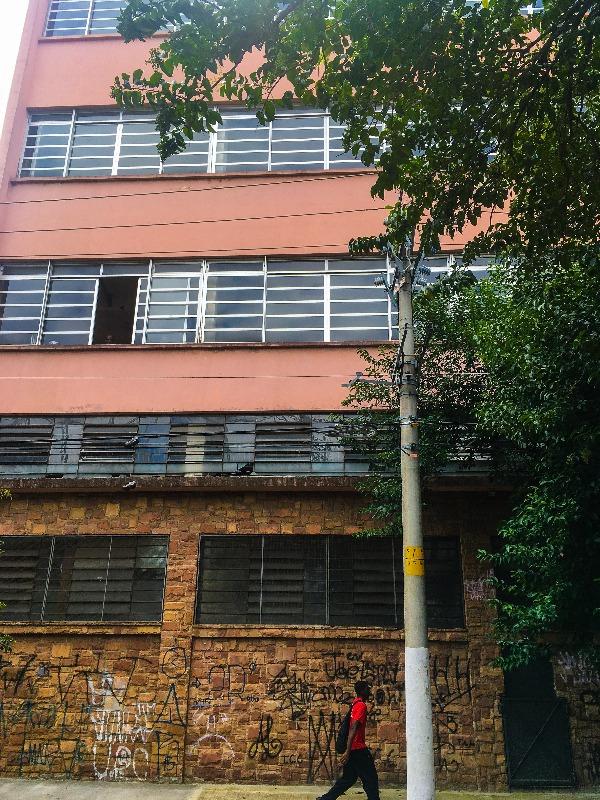 Antiga Fábrica de Licores e Vinagres Castelo no Passeio pelo BRÁS em São Paulo