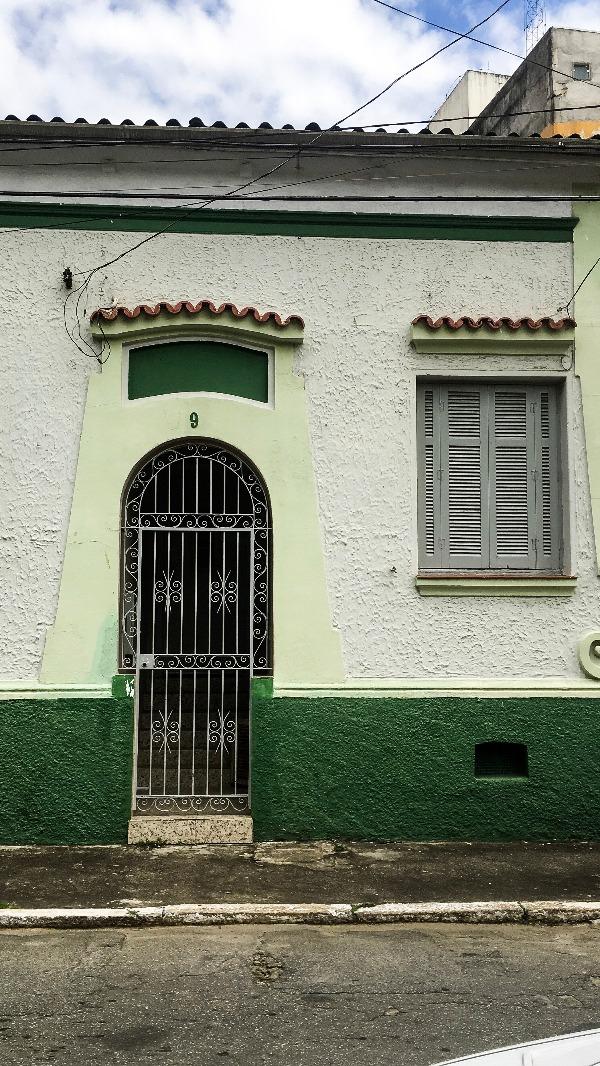 Uma das casas com pequenas modificações da Villa Queiroga no Passeio pelo BRÁS em São Paulo