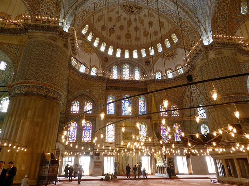 Interior da Mesquita Azul, Istambul, Turquia